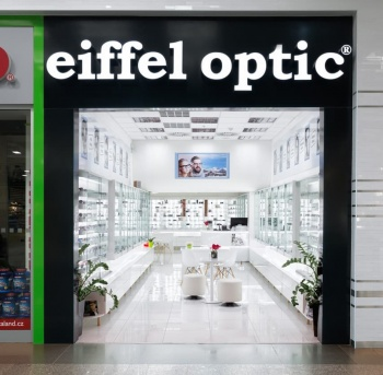 Interiér prodejny na míru Eiffel Optic