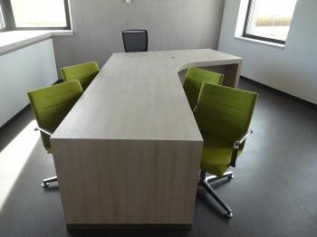 Interiér kanceláře na míru Rostěnice