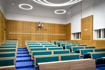 Interiér filozofické fakulty Masarykovy univerzity v Brně