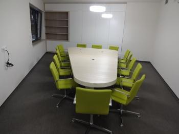 Zasedací místnost na míru