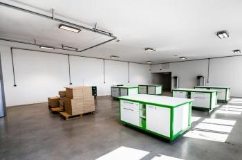 Interiér montážní haly na zakázku