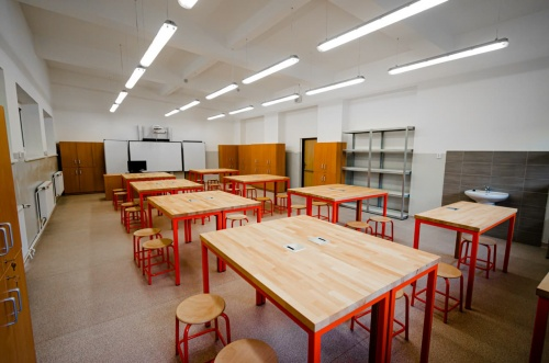 Interiér specializované učebny na zakázku